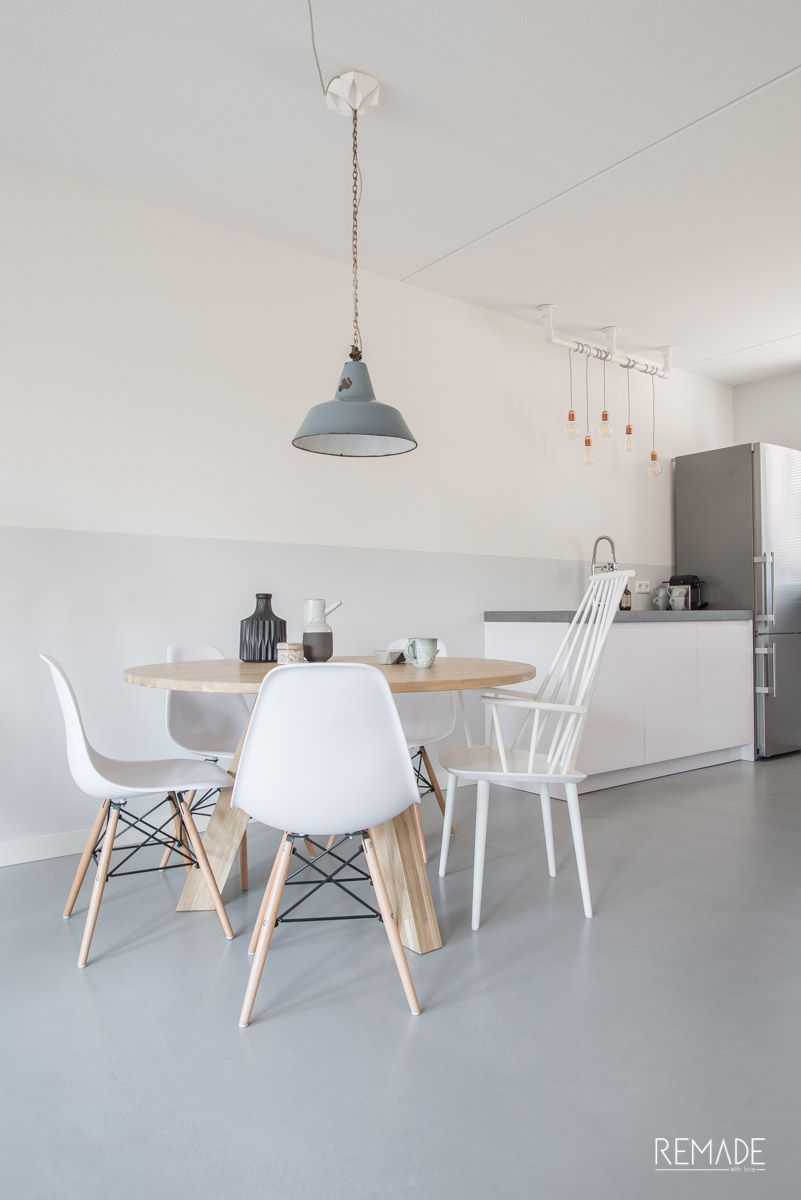Ronde Tafel En Stoelen.Ronde Tafel Verschillende Stoelen Hay J110 Interieur In 2019
