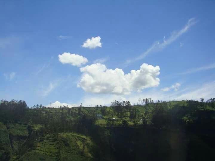Guapulo Ecuador Outdoor Ecuador Clouds