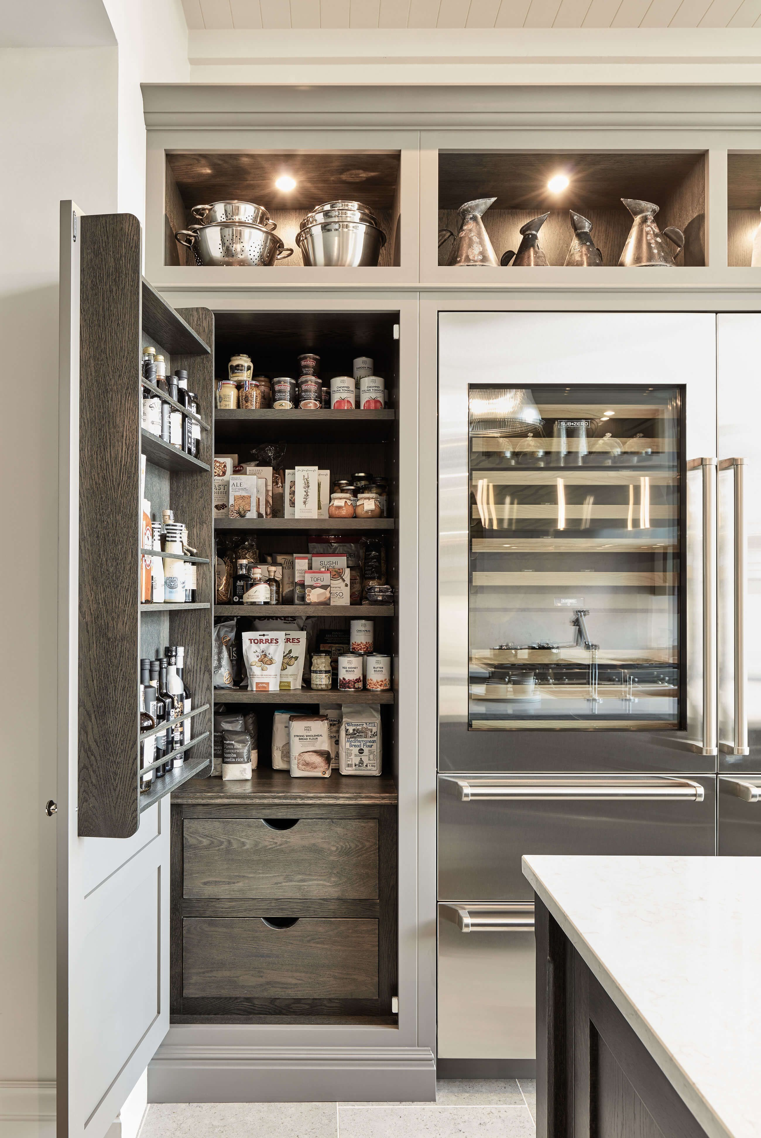 Tom Howley Grey Modern Kitchen With Pantry Storage Love The Stained Wood Inside Cabinet Modernkitch Modern Grey Kitchen Pantry Design Interior Design Kitchen