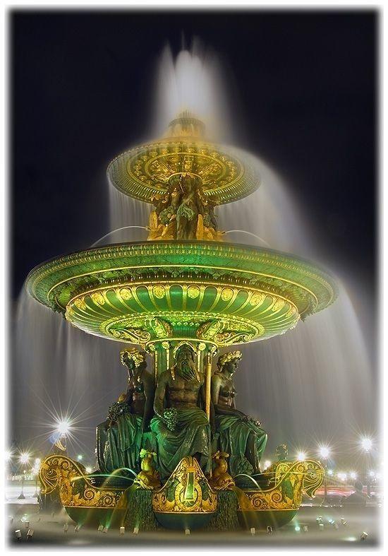 Fontaine de la Place de la Concorde Paris