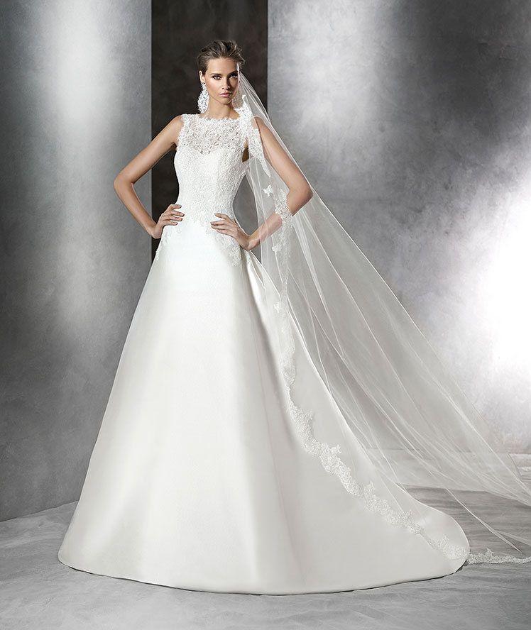 Love! Brautkleid aus Mikado-Seide und Spitze mit Schmucksteinbesatz ...