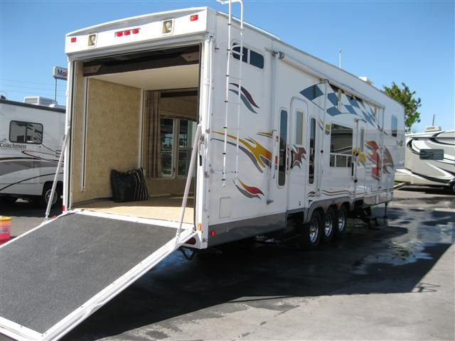 Used 2007 Fleetwood Gearbox Fifth Wheel Toy Haulers For Sale In