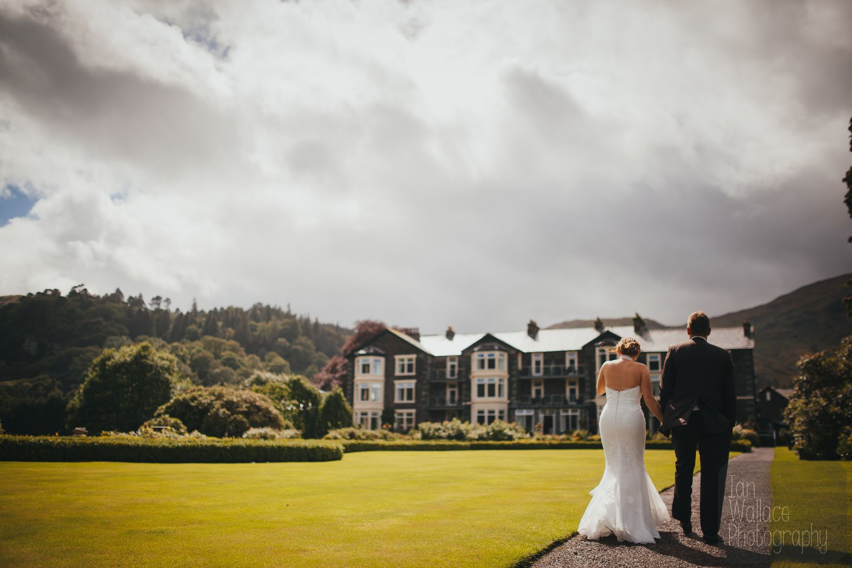 Kellie And Rob Sunflowers Breathtaking Scenery And Partying Hard Tying The Knot In The Lake District Ian Wallace Phot Inn On The Lake Lake District Lake