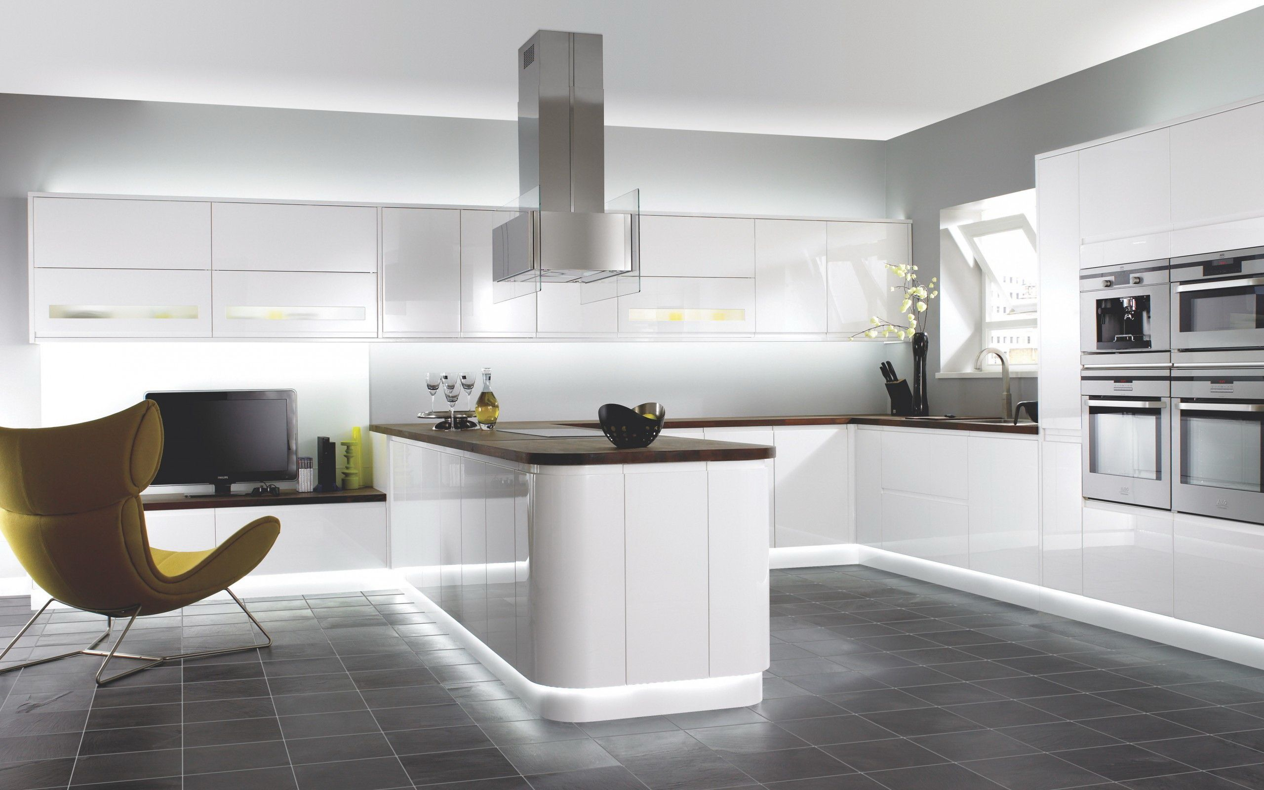 Nice kitchen space (With images) Contemporary kitchen