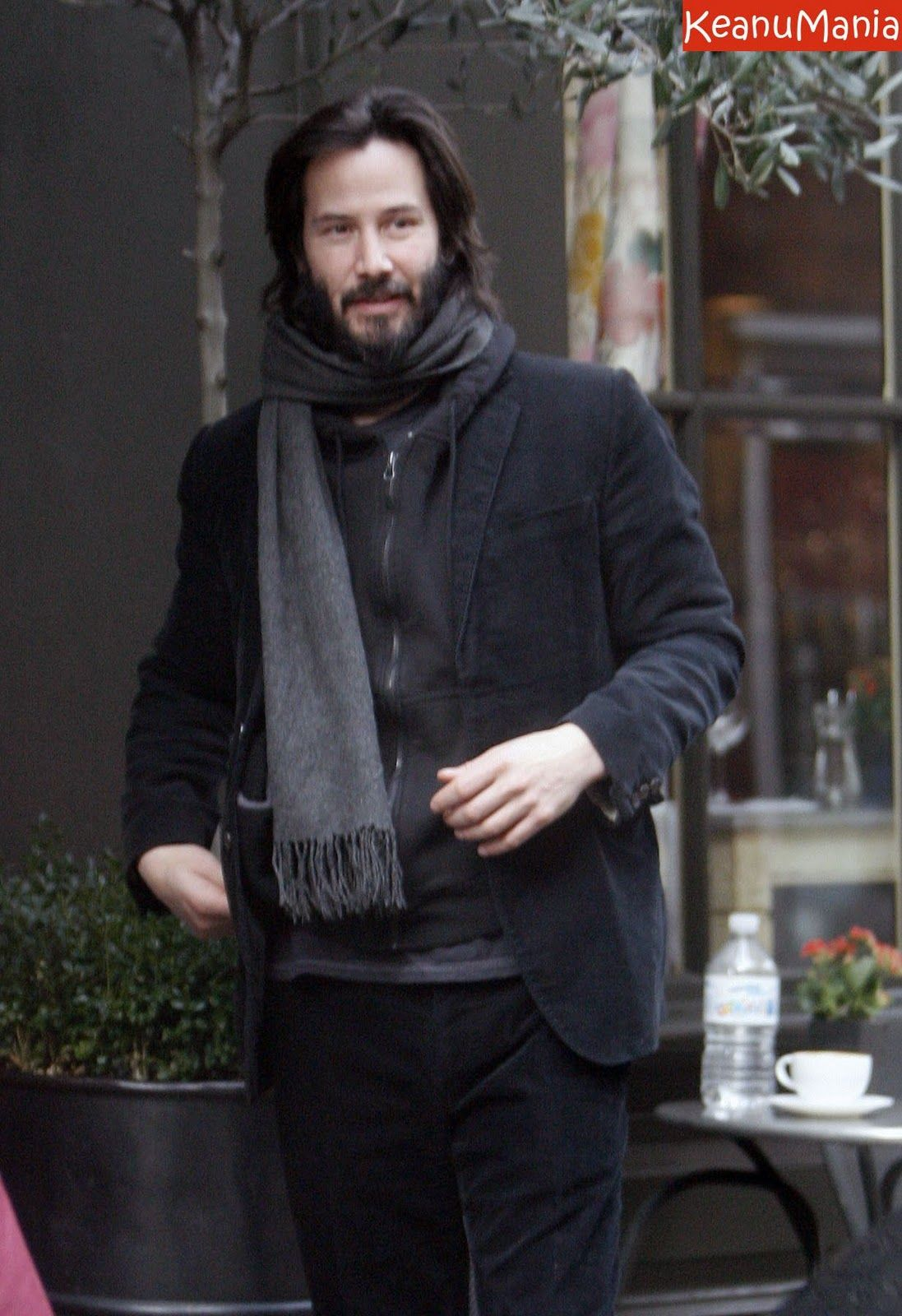 Keanu That Ring Finger Looks So Bare Without Me Get That Thing Over Here Will Ya Bring The Rest Of You Too Billy Wants A Little Sister Btw Topic Of