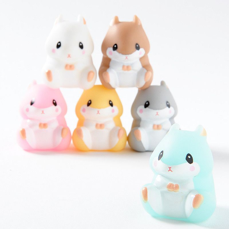 Coroham Coron is Amuse's series of impossibly round and completely adorable little hamsters. Now you can build yourself an amazing pyramid display of cuteness with these colorful Coroham Coron vinyl toys. There are six cuties available all together: Coron (brown), Purin (yellow), Jan-kun (gray), Momo-chan (pink), Ice-kun (light blue) and Yukimaru (white) and you can pick up the complete set of all...