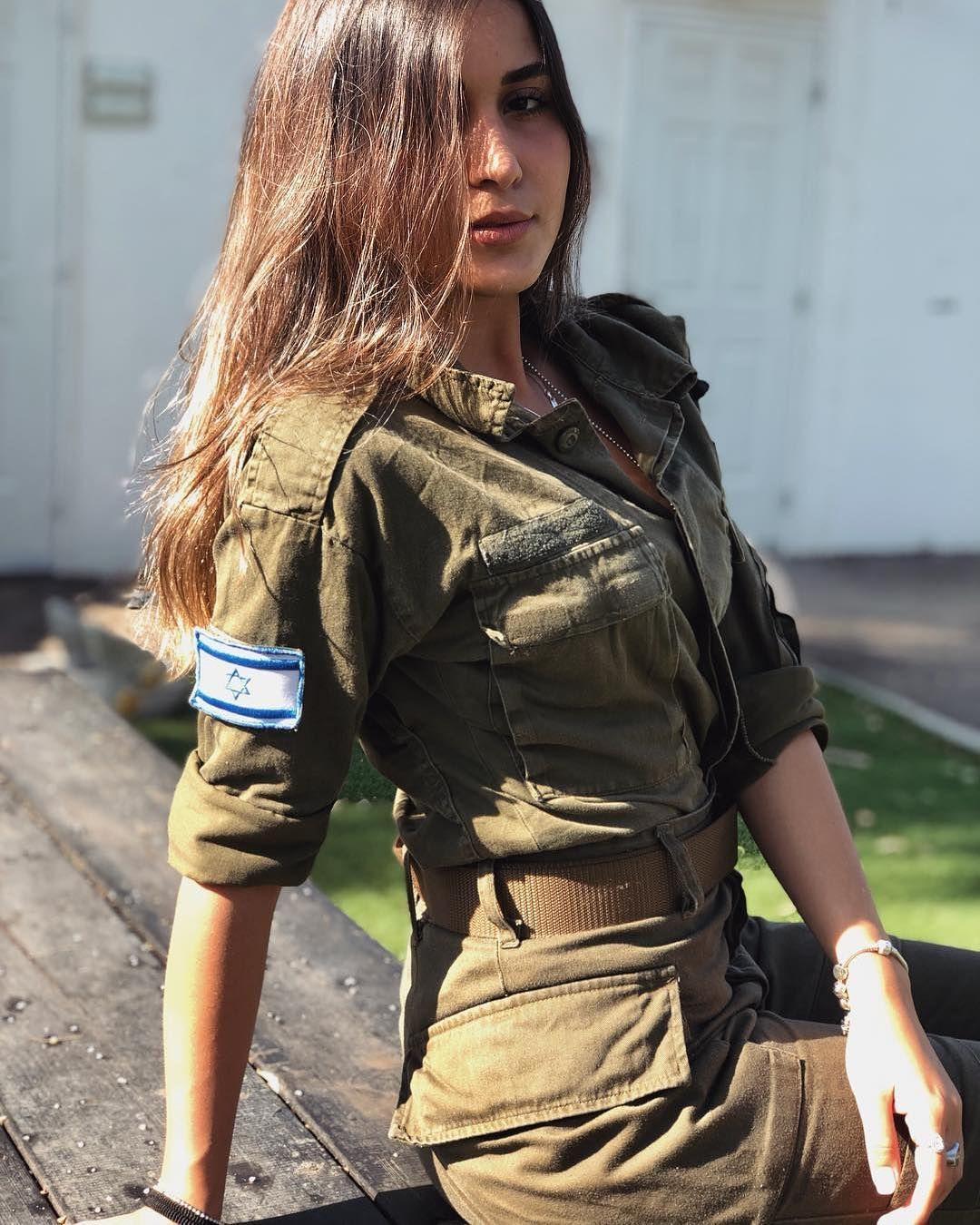 Dating ein Mädchen im Militär
