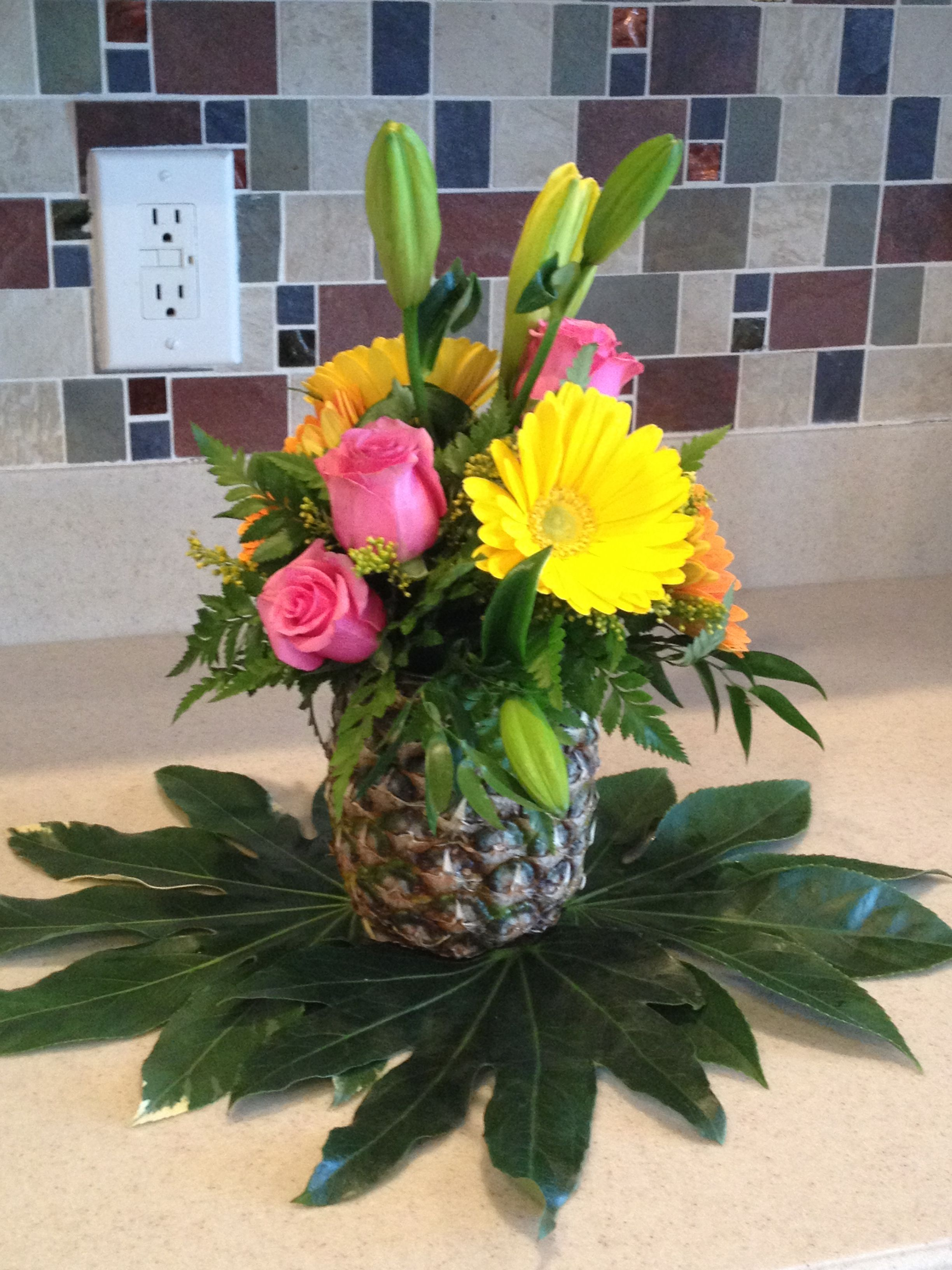 Centerpiece hawaiian themed party bach pinterest hawaiian centerpiece hawaiian themed party dhlflorist Image collections