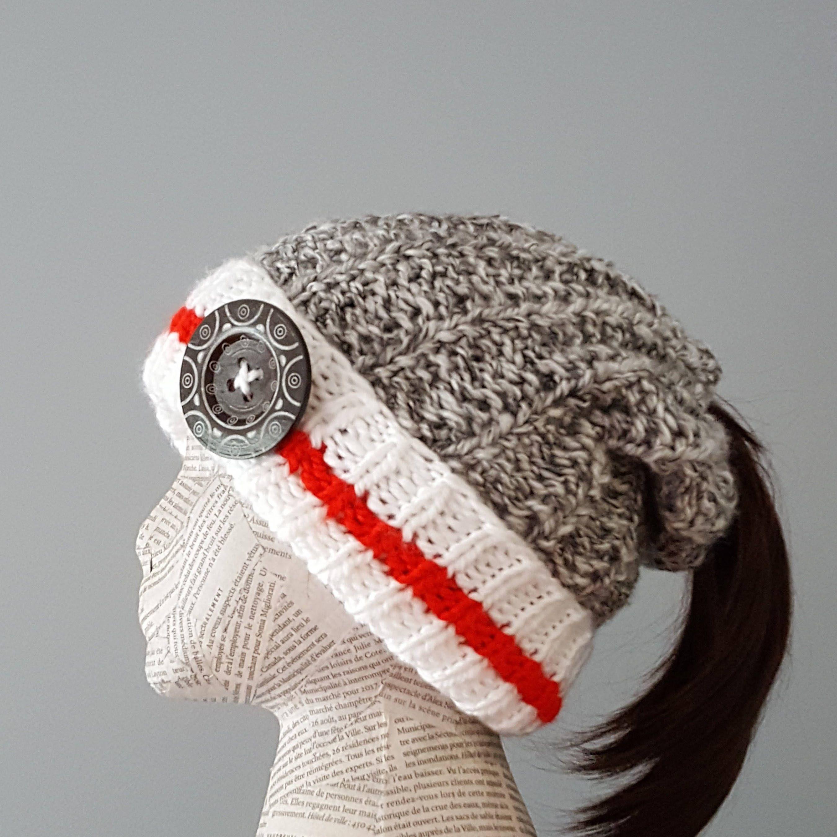 PATRON tuque bas de travail queue de cheval tuque beanie bun hat patron  bonnet pour femme chapeau pour femme bas de laine queue de cheval by