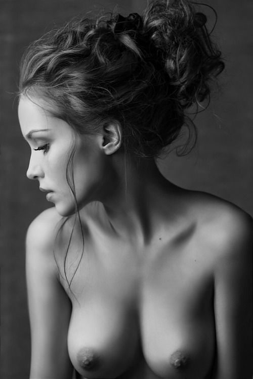 black and white portrait of naked lady