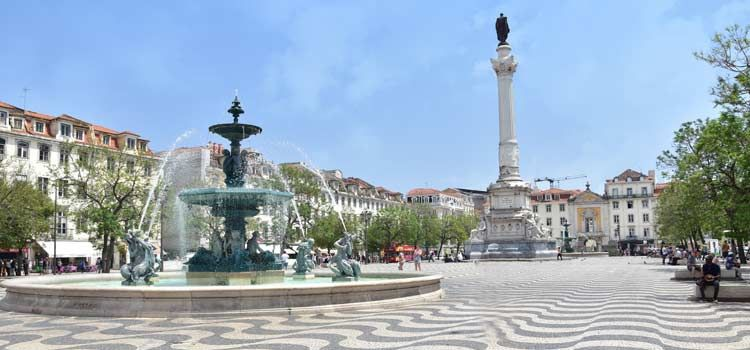 Rossio Square Baixa District Lisbon With Images Lisabon