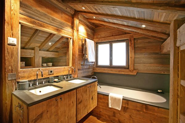 Beautiful Salle De Bain Chalet De Luxe Pictures - Awesome Interior ...