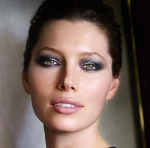 Pin By Lucinda Brown On Makeup Inspiration Makeup For Green Eyes Hooded Eye Makeup Jessica Biel