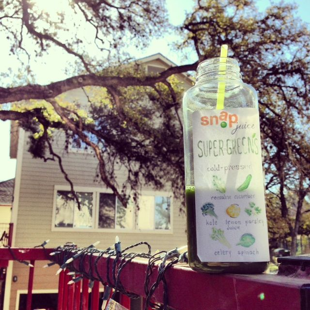 Snap Kitchen Clean Start juice cleanse review -- Super Greens | The ...