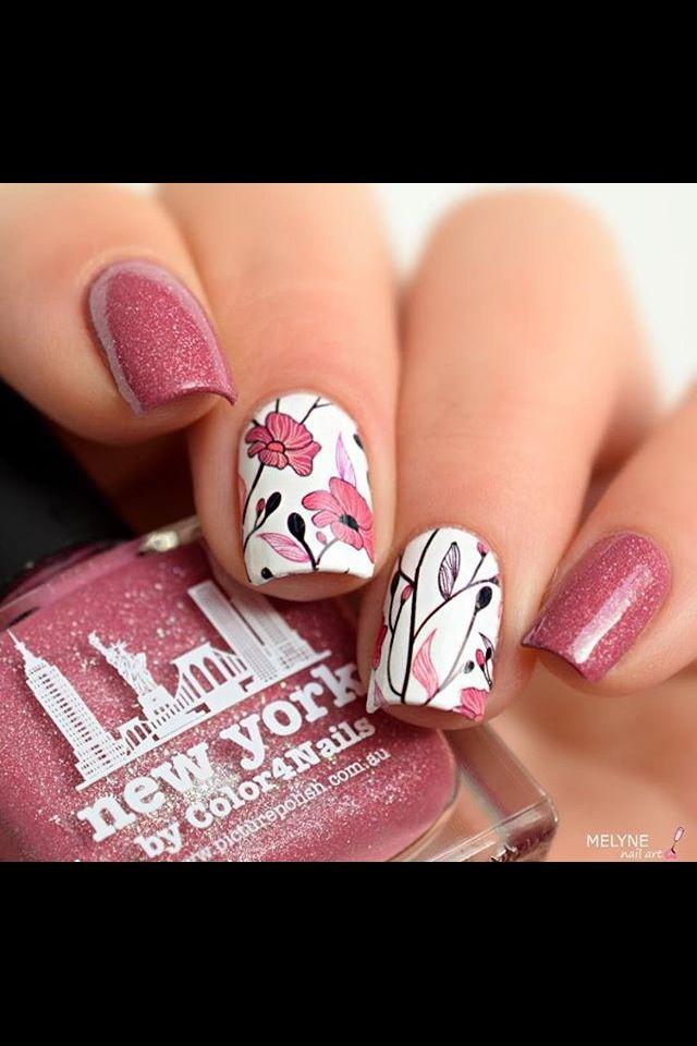 Melyne nail art