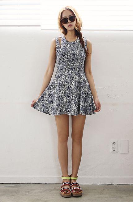 SOMEGirl's Unique Style : www.itsmestyle.com/ #shopping #girl #itsmestyle.com #kpop #k-style #dress