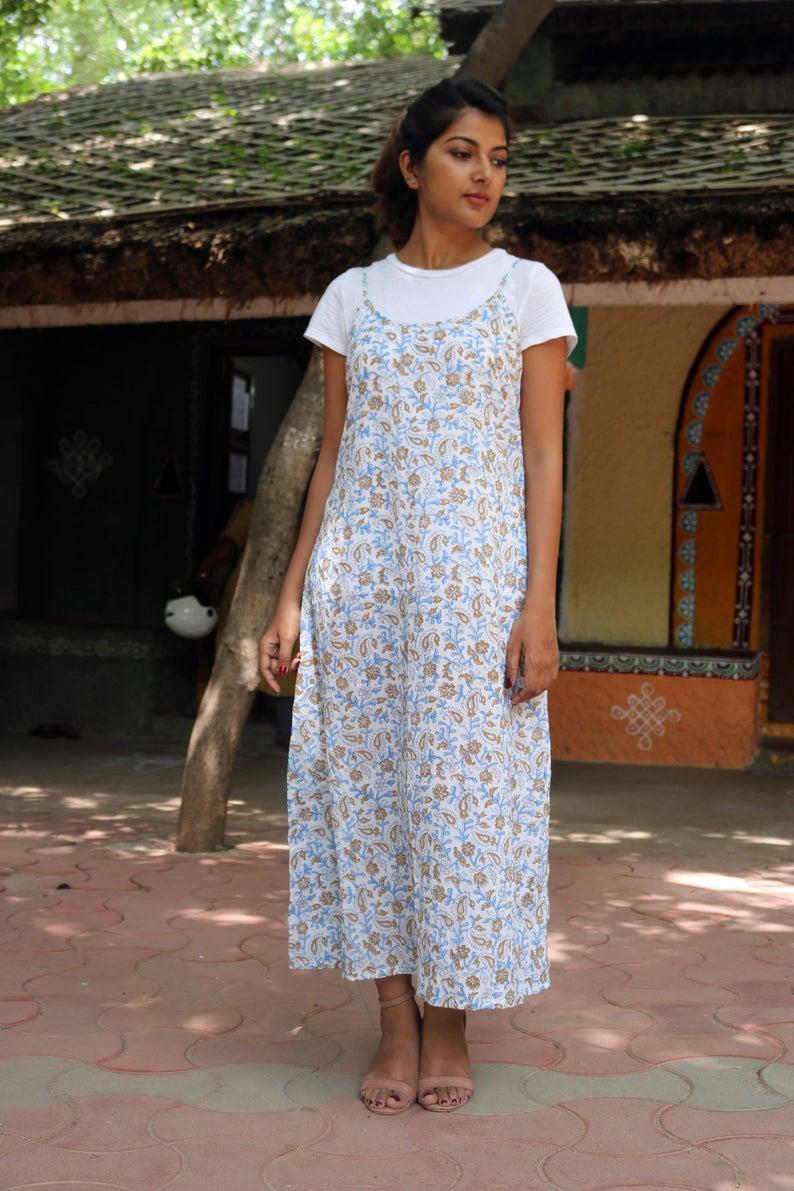 Pin By نزلة شريف On Dresses White Cotton Dress Long Dress Design Block Dress [ 1191 x 794 Pixel ]
