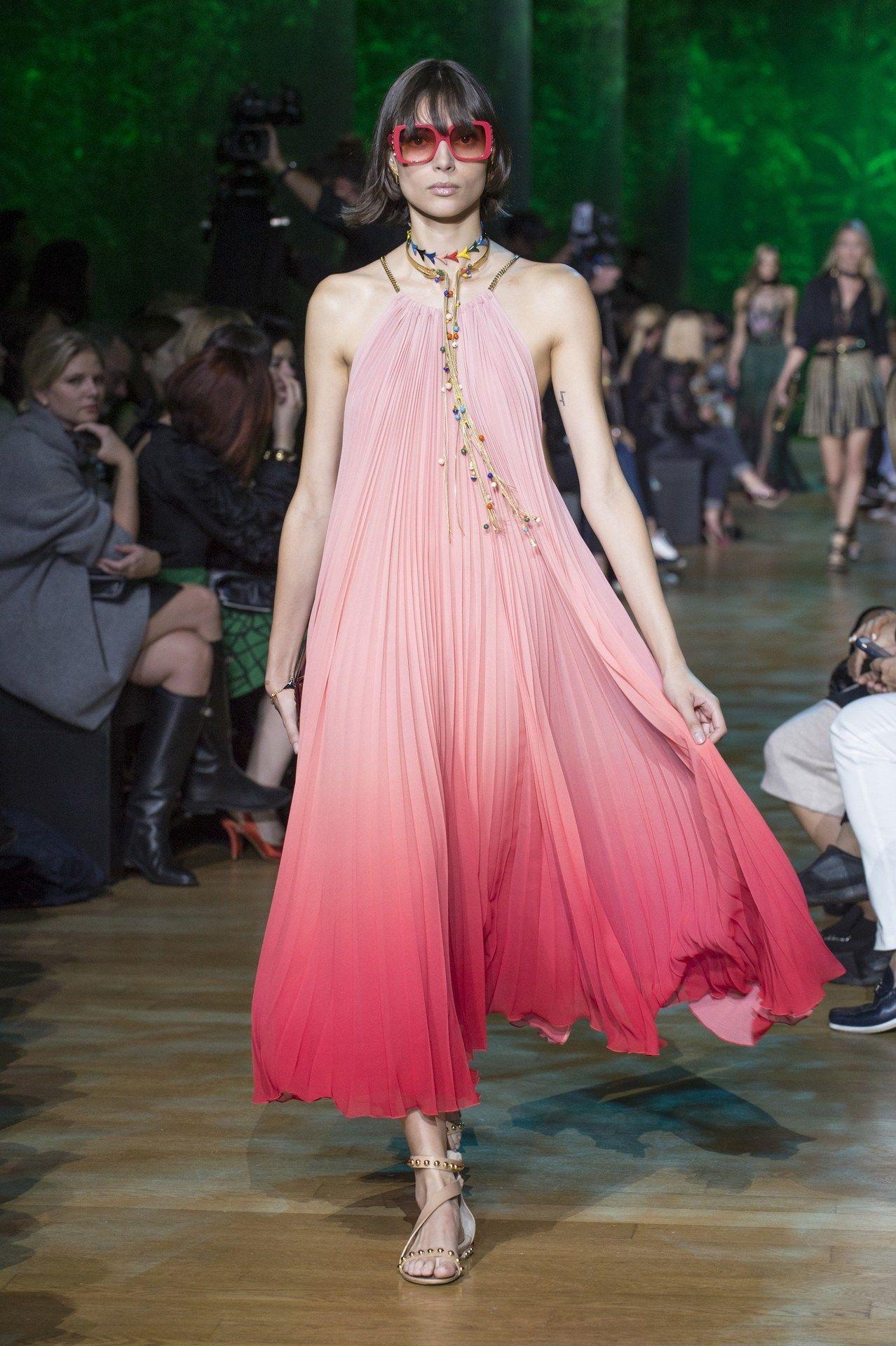 Pin de Models and Fashion en Charlee Fraser | Pinterest