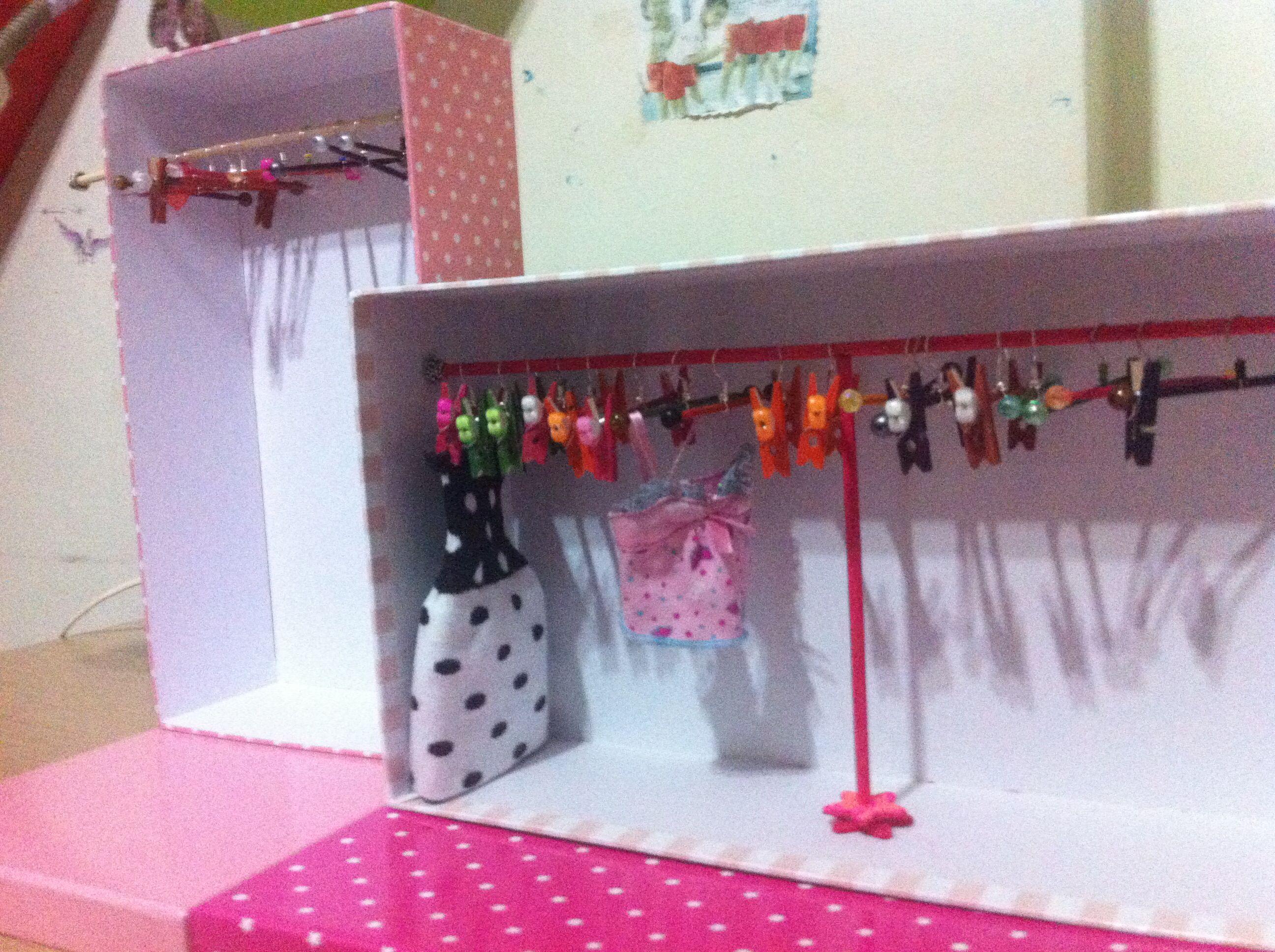 Barbie doll clothes hanger diy Diy barbie clothes, Diy