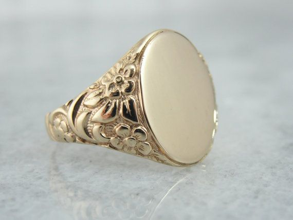 Stunning Chased Floral Side Victorian Rose Gold Signet Ring