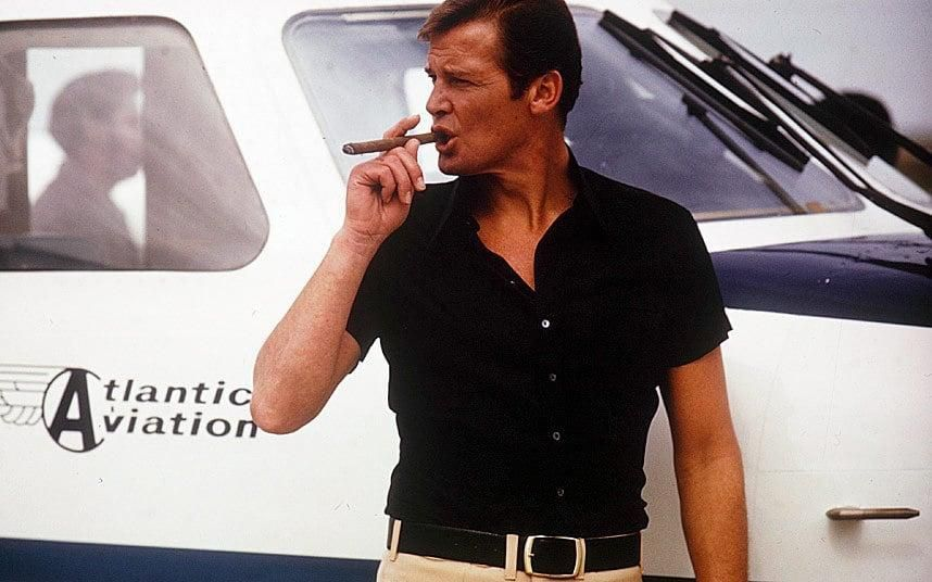 This Anecdote About Roger Moore Just Keeps Getting Better As You