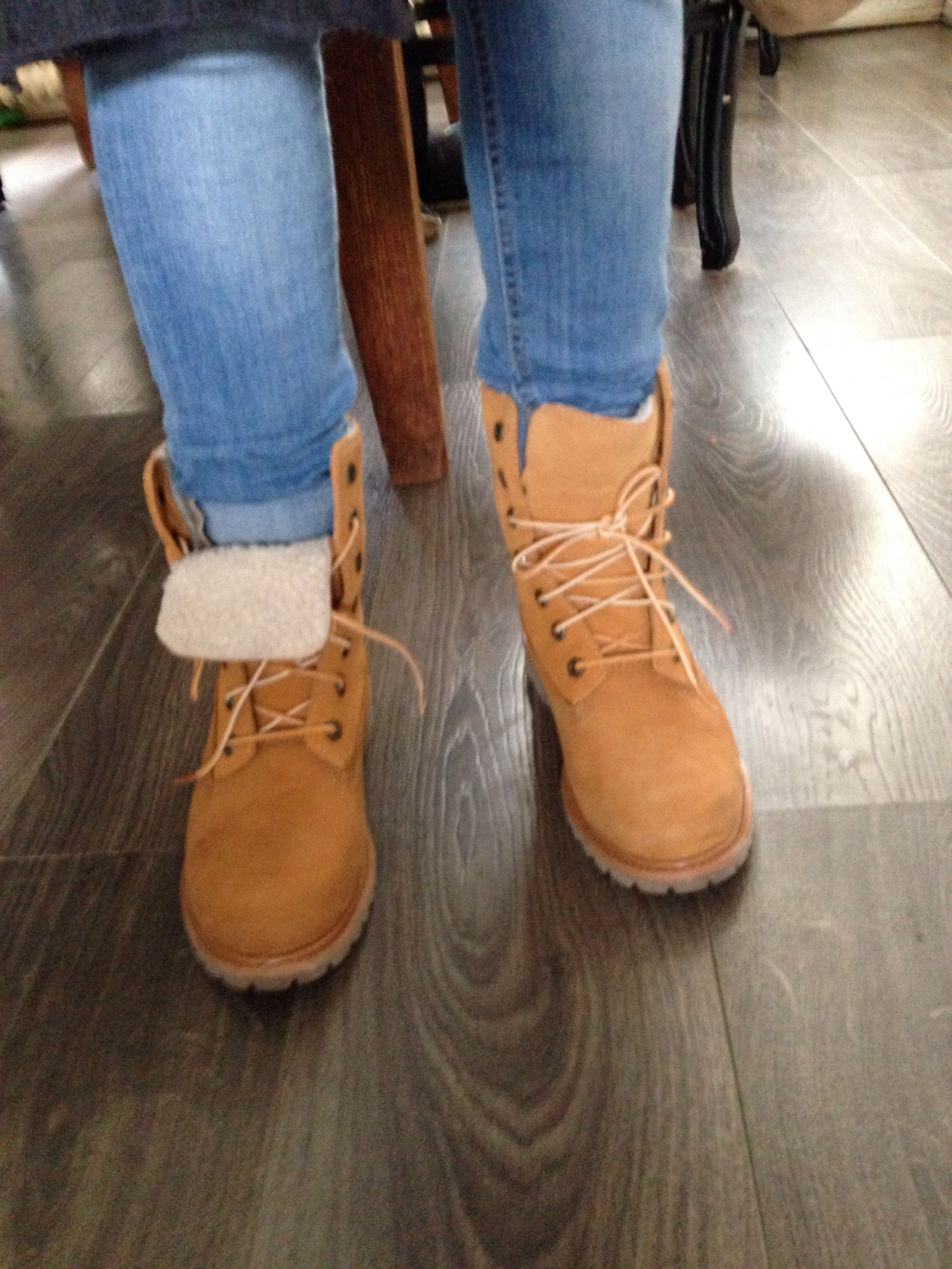 wholesale dealer new cheap detailed pictures Pinterest: kingkylizzle☽ | Timberland fold down boots, Fleece ...