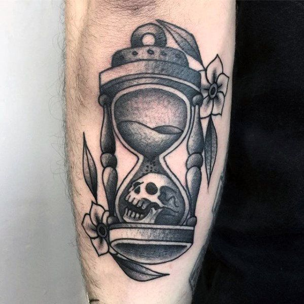50 Traditional Hourglass Tattoo Designs For Men - Passage Of Time ...