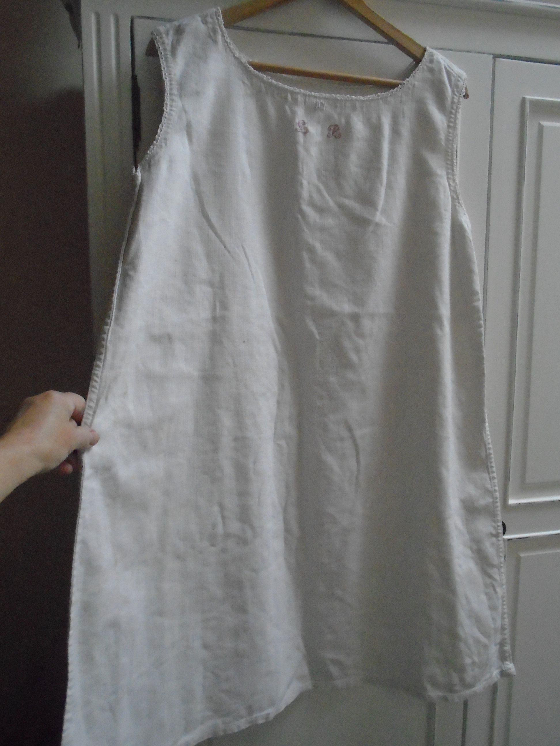 Antique French White Heavy Cotton / Linen Nightgown