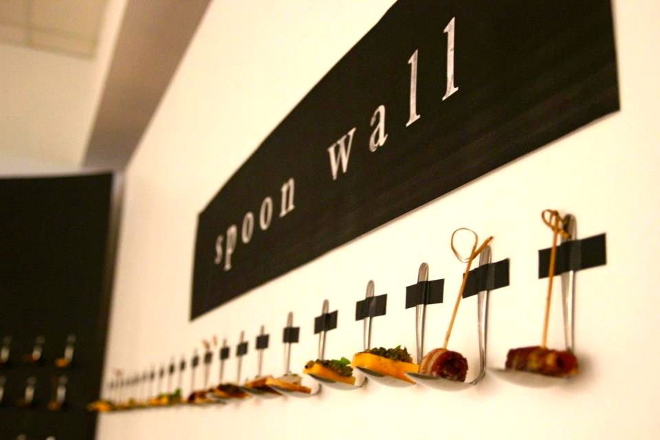 Spoon wall edible installation art candy buffet for Edible canape spoons