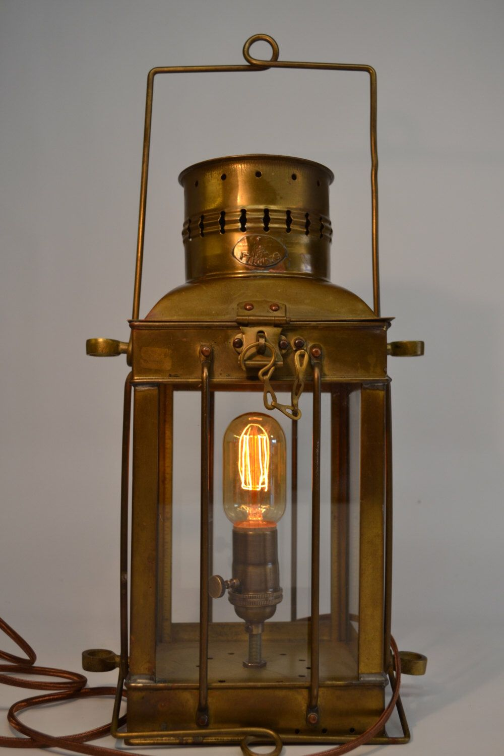 Brass Kerosene Lamp Lantern Working Condition Antique Decorative Vintage Lamp