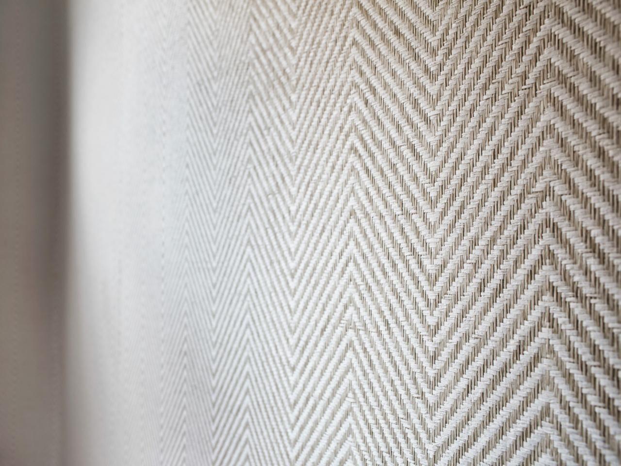 Grass Cloth Wallpaper In Chevron Pattern In Contemporary Nursery Grasscloth Wallpaper Grasscloth Wallpaper Bedroom Contemporary Nursery