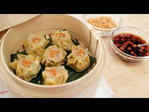Shumai shrimp pork dumplings recipe kanom jeeb hot shumai shrimp pork dumplings recipe kanom jeeb hot thai kitchen forumfinder