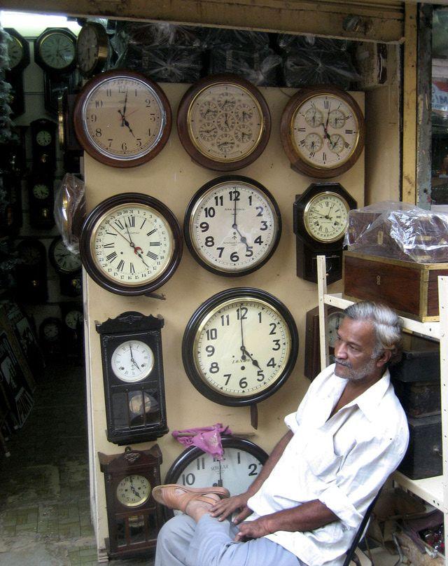 Take a Virtual Walkthrough of Mumbai's Chor Bazaar: Chor Bazaar Clocks