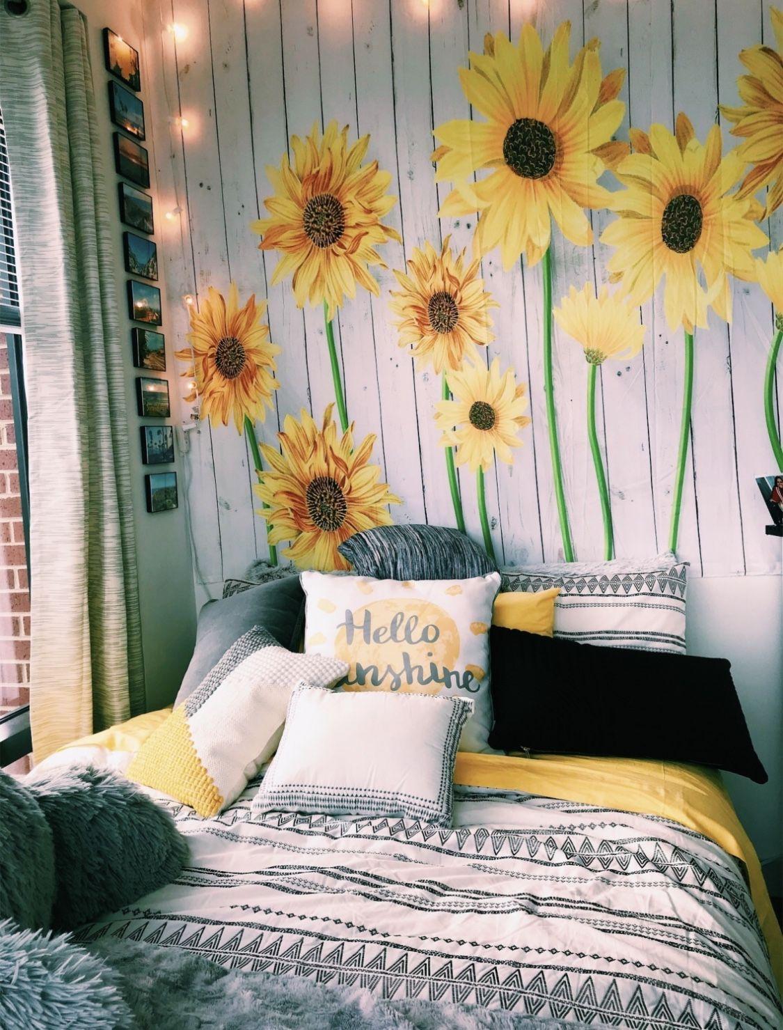 Pinterest Carolinefaith417★ Aesthetic Rooms Sunflower Room Cute Bedroom Ideas