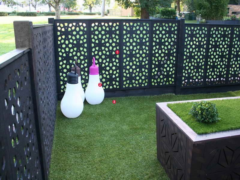 Outdoor privacy screen ideas black outdoor privacy screen for Patio deck privacy screen