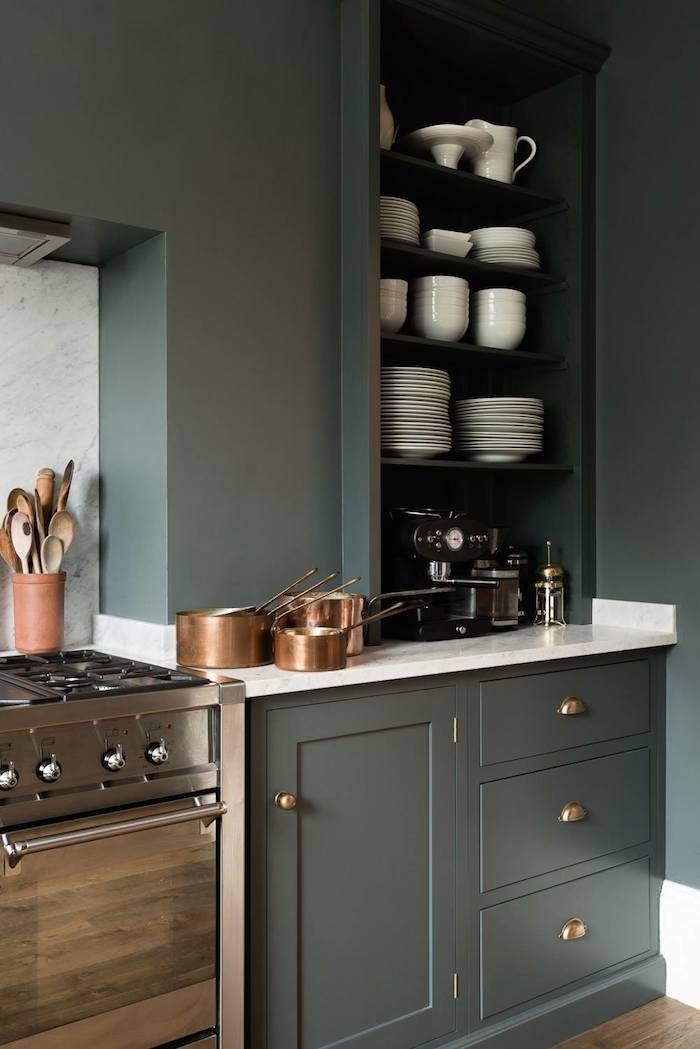 Shaker Cupboards Dark Green Cabinets With Copper DECO - Meuble cuisine interiors pour idees de deco de cuisine