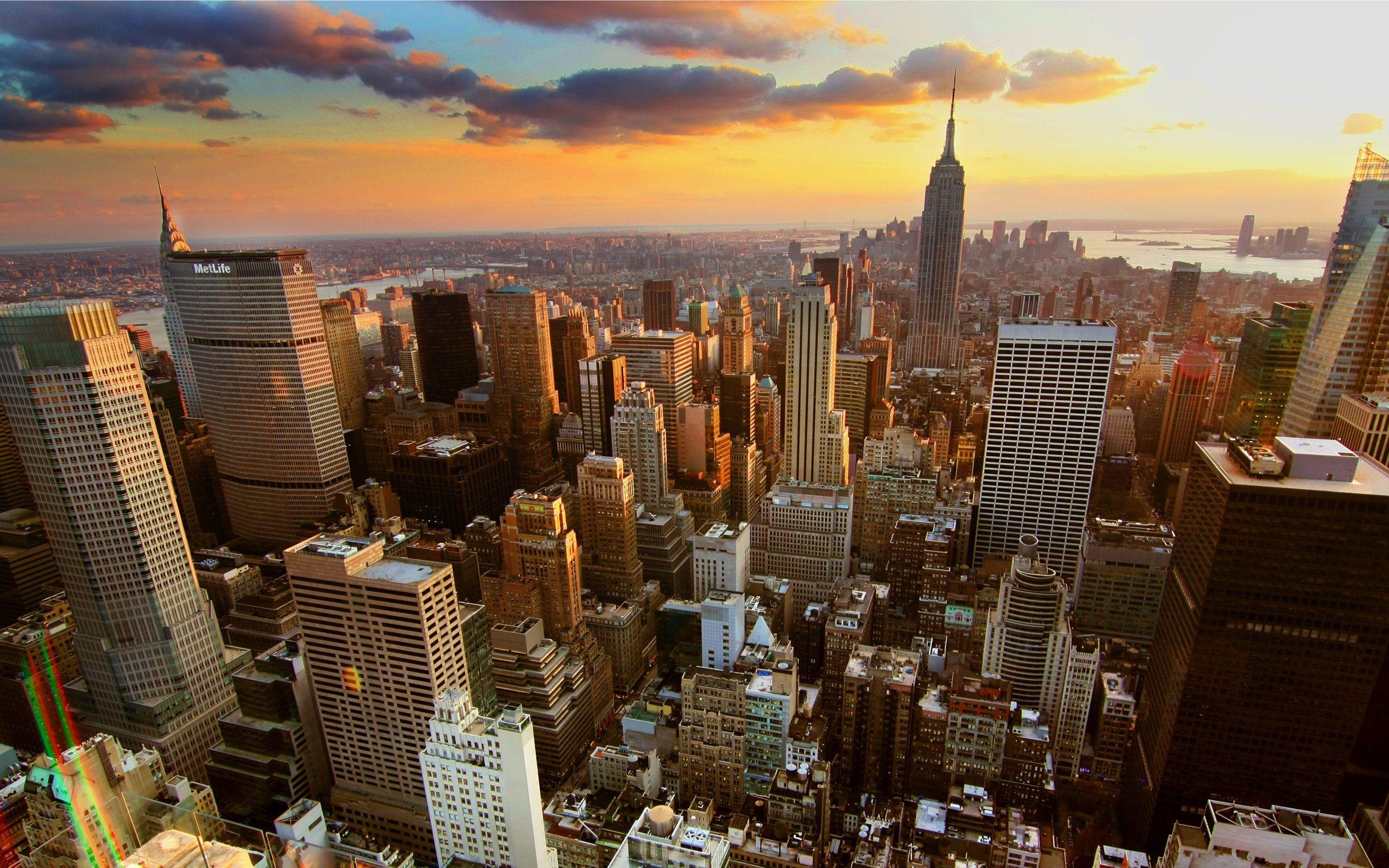 New York City Sunrise Sunset In Nyc Living In New York New York City Buildings