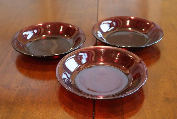 Treasure Co Trio Ashtrays Round Melamine Colors May Vary Red 9 Pack, 3 Blue,