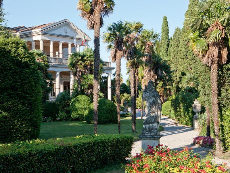 Villa Cortine Hotel Photogallery - 5-star hotels Garda ...