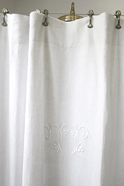 Inspirasjon Nina Hartmanns Bad Bathroom Shower Curtain Monogram Pretty Shower Curtains French Linen Sheet