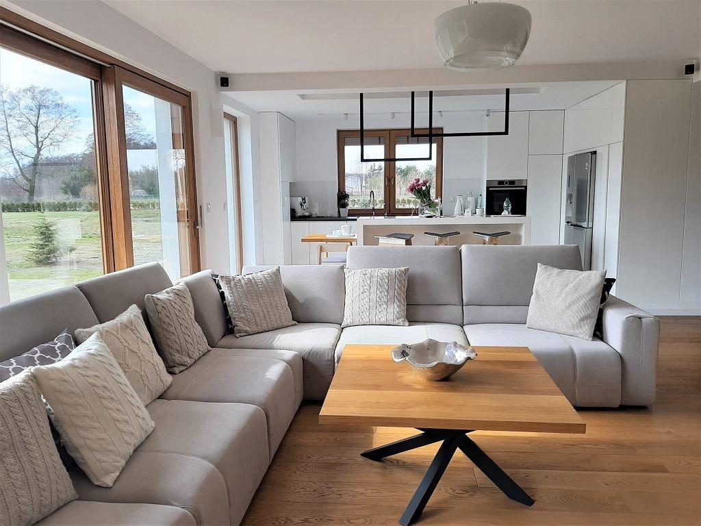 Strefa Wypoczynkowa W Salonie House Interior Moder Bathroom Design Home Decor