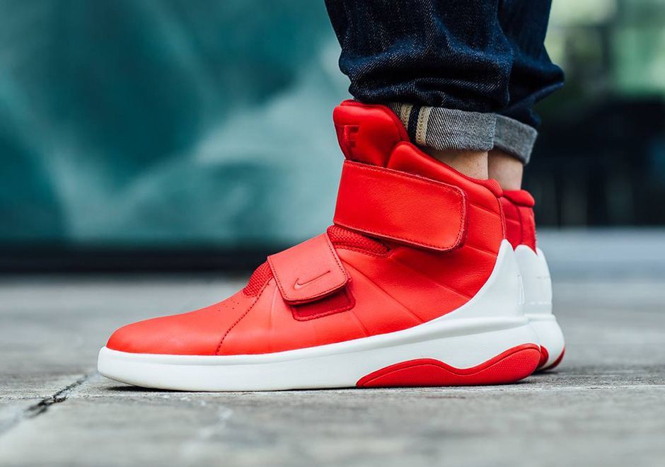 Here's How The Nike Marxman University Red Looks Like On-Feet
