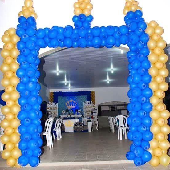 Entrada com castelo de balões 😍👏👏decoração da flavia festas #decoracaoprincipe #festadoprincipe #festademenino #1aninho #decoração #artecombaloes #festainfantil #festainfantilpersonalizada