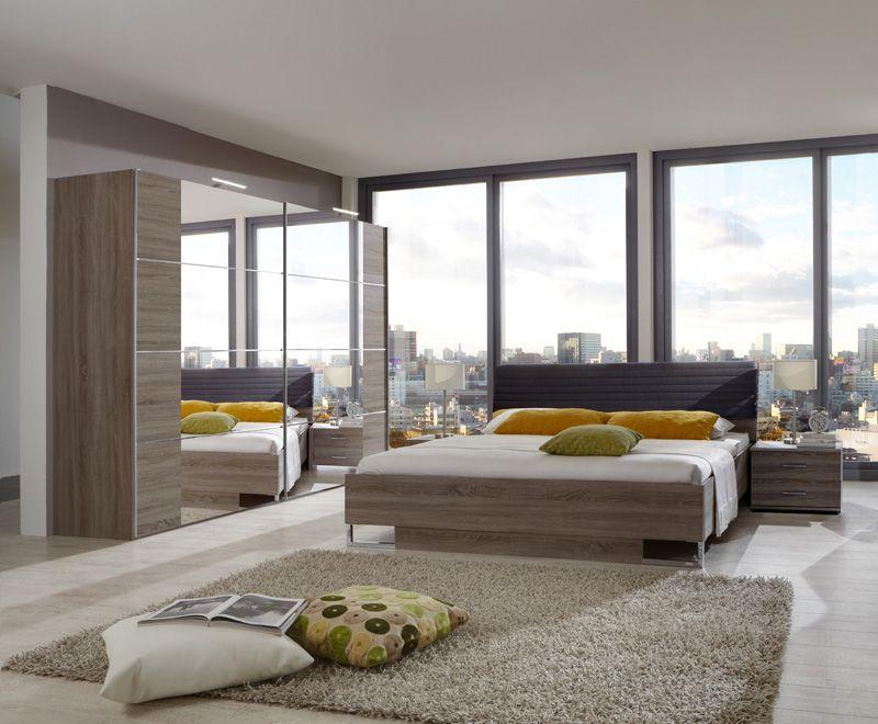 clown une trs belle chambre coucher avec panneaux de portes contrasts meubles toff