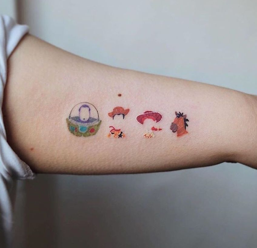 30 Beautiful And Meaningful Small Tattoo Design For Cute Women