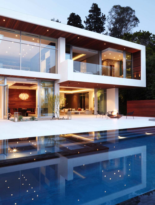 Magnificently Designed Modern Hillside Property In Los Angeles House Designs Exterior Modern Mansion Modern House Design