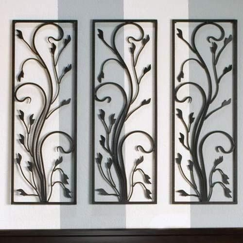 House window grill design imageck self help for Iron window design house