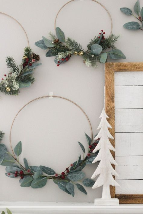 Our Christmas Home Decor 2017 #deconoeldiy DIY Metal Hoop Wreaths #diychristmasdecor