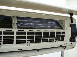Water Leaking Aircon Aircon Airconditioner Airconleaking Http Www Aircon Servicing Com Sg Artic Aircon Repair Air Conditioner Maintenance Air Conditioner