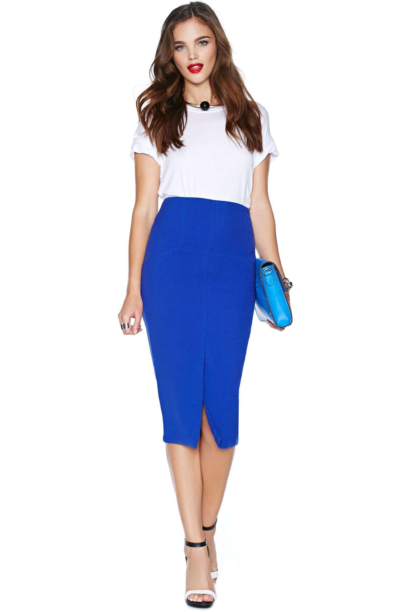 8eb3055403 You CAN Wear Slit Skirts To The Office | {Pencil Skirt Outfits ...